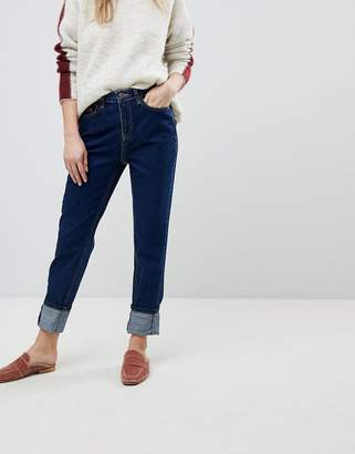 New Look Stonewashed Mom Jean
