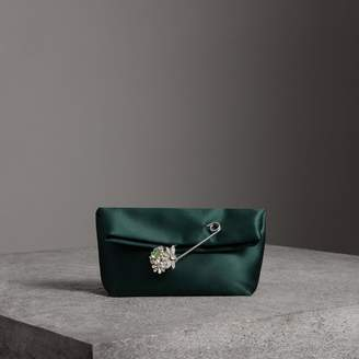 Burberry The Small Pin Clutch in Satin, Green