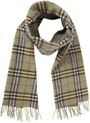 Burberry Wool scarf & pocket square