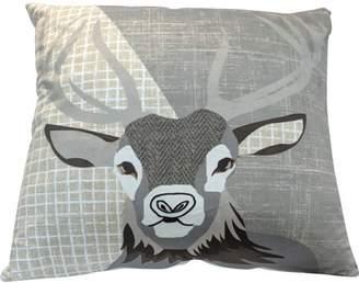 Br.Uno Deer Decorative PIllow