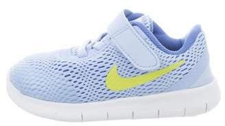 Nike Boys' Mesh Round-Toe Sneakers