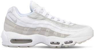 Nike 95 Essential Sneakers
