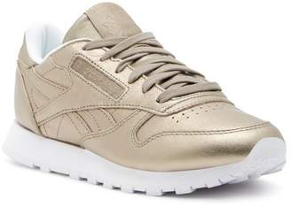 Reebok Classic Melted Metal Leather Sneaker