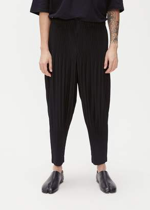 Issey Miyake HOMME PLISSÉ Basics Pleated Tapered Trouser