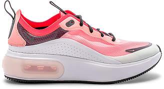 Nike Women's NRG Air Max Dia Se Sneaker