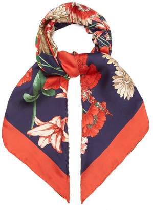 Gucci GG belt and floral-print silk scarf