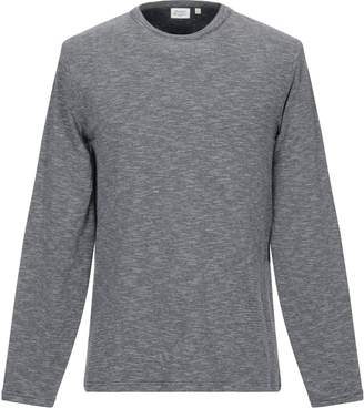 Hartford T-shirts - Item 12295341LA