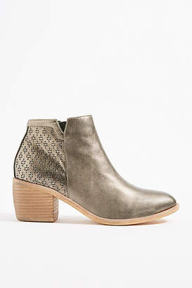 Silent D Orvis Perforated Booties
