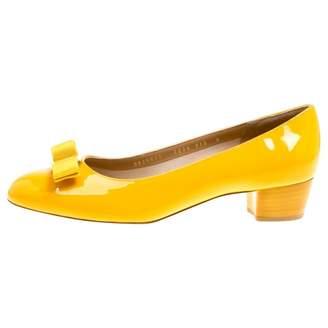 Salvatore Ferragamo Vara Yellow Patent leather Ballet flats