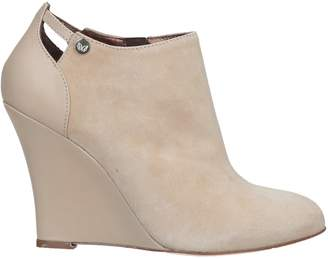 Betty Blue Booties