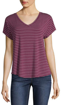 Arizona Short Sleeve V Neck Stripe T-Shirt-Womens Juniors