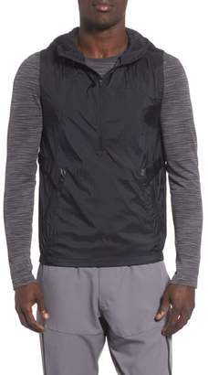 Under Armour Perpetual 18 Fitted Hooded Vest