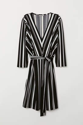 H&M V-neck Dress - White