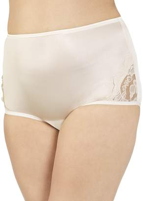 Vanity Fair Women's Perfectly Yours Lace Nouveau Brief Panty 13001