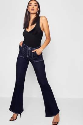 boohoo High Waist Contrast Stitch Straight Leg Jeans