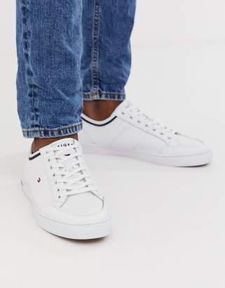 Tommy Hilfiger leather sneaker with contrast trim and sole branding in white