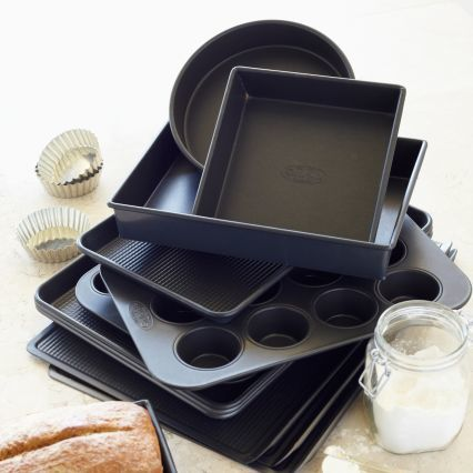 "Sur La Table Premium Tri-Glide Nonstick Rectangular Cake Pan, 13"" x 9"""