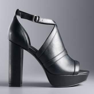 Vera Wang Simply Vera Parakeet Women's Platform High Heel Sandals