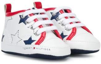 Tommy Hilfiger Junior star print hi-top sneakers