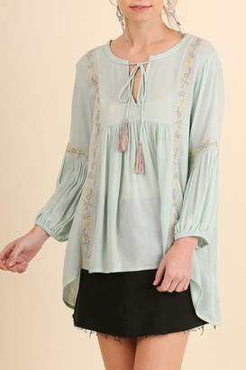 Umgee USA Embroidered Peasant Top