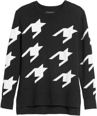 Banana Republic Petite Houndstooth Hi-Low Hem Sweater