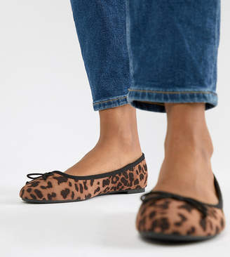 New Look Wide Fit ballerina pump in leopard print