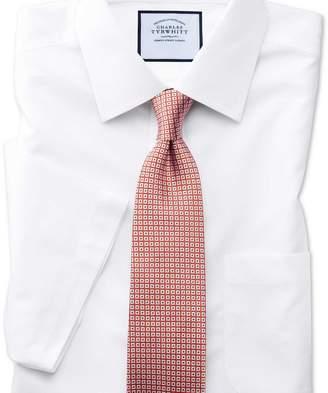 Charles Tyrwhitt Classic fit non-iron poplin short sleeve white shirt