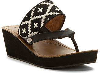 acorn Women's ArtWalk Leather Wedge $59.95 thestylecure.com