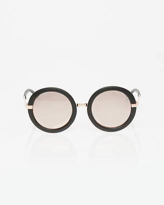 Le Château Plastic & Metal Glasses