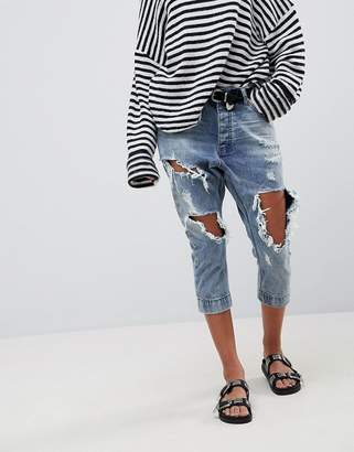 One Teaspoon Kingpins Cropped Boyfriend Jean With Extreme Distressing