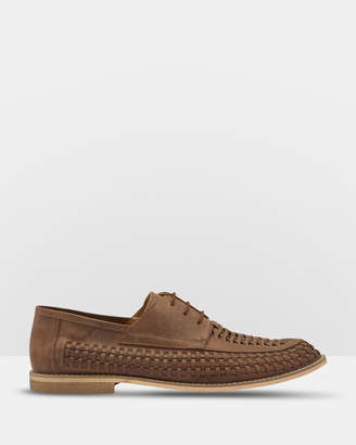 Oxford Chase Leather Lace Up Woven Shoes