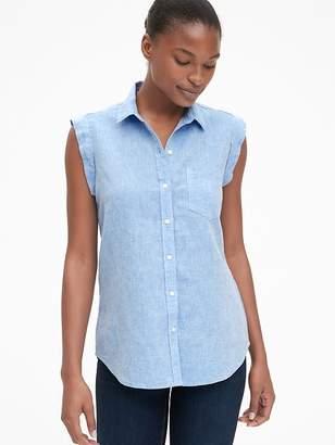 Gap Sleeveless Button-Front Shirt in Linen
