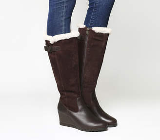 d0f1bec58ac Leather Ugg Boots Stout - ShopStyle UK