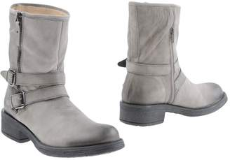 Gianni Gregori Ankle boots