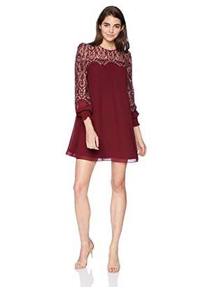AVEC LES FILLES Junior's Shift Dress with Lace Sleeves and Yoke