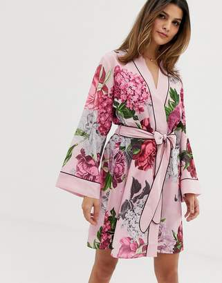 a25873838b Ted Baker Palace Gardens floral print kimono in light pink