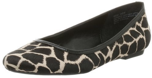 oh DEER! Women's Red Hot Flat