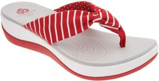 Clarks CLOUDSTEPPERS by Printed Thong Sandals - Arla Gilson