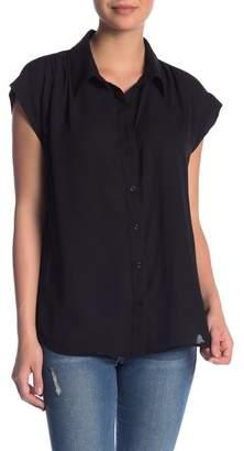 14th & Union Short Sleeve Button Down Woven Shirt