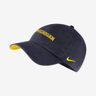 Nike College Washed Heritage86 (Michigan) Adjustable Hat
