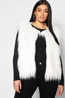 boohoo Plus Faux Fur Gillet