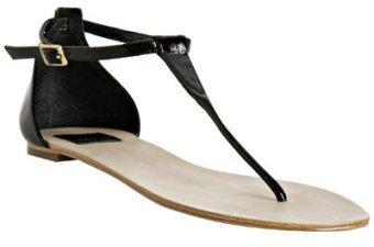 Dolce Vita black patent leather 'Bermuda' thong sandals