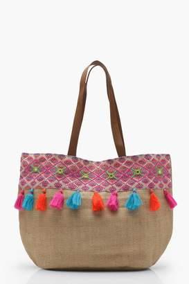 boohoo Florence Straw Tassel Beach Bag