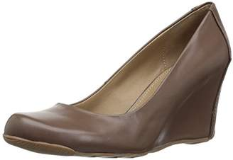 Kenneth Cole Reaction Women's 7 Did U Tell Wedge Pump
