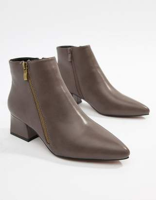 Park Lane Pointed Side Zip Boots