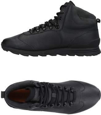 Clae Sneakers