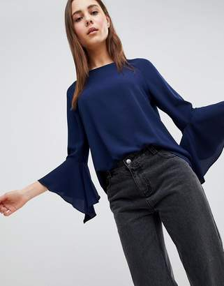 Brave Soul Madrid Top with Fluted Sleeves