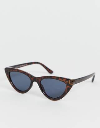 ae34c9ca8d32 New Look cat eye sunglasses in dark brown