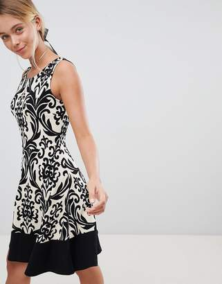 Gilli Printed Skater Dress With Contrast Border