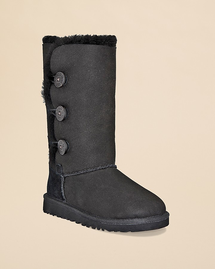 UGG Girls' Bailey Button Triplet Boots - Big Kid